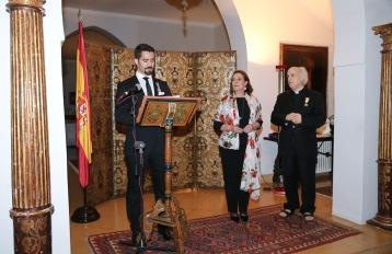 Decoration-Emile Issa-Emb Esp-21 Avril 2016-Officier de la Croix du Merit Civil- High-res-JPX_0228