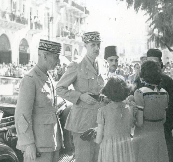 Août 1942 - Place des Canons, Beyrouth - Source Fondation Charles de Gaulle[3] copy