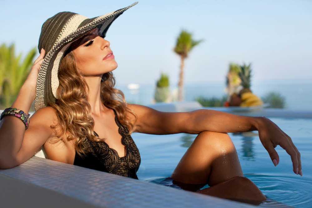 ESSENTIAL MARBELLA- VIP LIFESTYLE- Shoot-High-Res-Emile Issa-_MG_3686