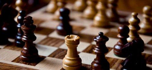 060612_the_chessboard_575x270-panoramic_17441